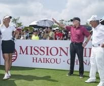 Michael Douglas And Allen Iverson In Full Swing At World Celebrity Pro-Am In China