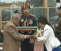 Soldier's widow receives Ashok Chakra
