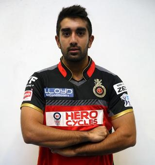 RCB add 'mystery' to their bowling attack with Tabraiz Shamsi call-up