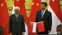 Singapore leaders congratulate China on its 67th anniversary