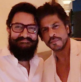 First photo in 25 years; SRK, Aamir's selfie moment