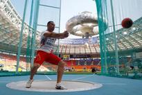 Olympics-Former hammer champion Murofushi fails to nail Rio spot