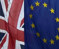 S&P sees UK staying in EU by small majority