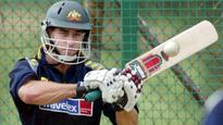 Michael Bevan offers his services to help Australian batsmen