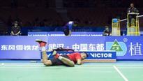 Lin Dan powers to semis in China
