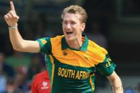 Morris provides late heroics for South Africa