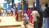Elderly man dies while standing in queue to cast his vote