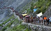 Local Muslims Rescue Pilgrims Injured In Kashmir Road Accident