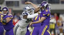 Vikings question non-call in loss to Cowboys