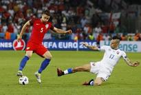 Cahill vows to fight for England future under Allardyce