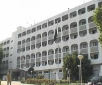 Pakistan wants to resolve water issues with India: FO