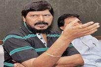 Athawale seeks cabinet berths at Centre, State
