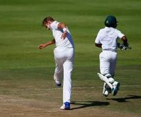 Broad fined for dissent