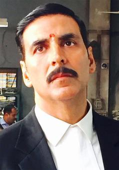 First Look: Akshay Kumar in Jolly LLB 2