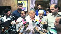 Uttarakhand floor test fixed for May 10, nine Cong rebels can't vote: Supreme Court