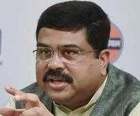Oil retailers or banks will have to bear charges on card payments