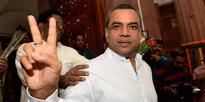 Don't stop others from viewing Shah Rukh's film: Paresh Rawal