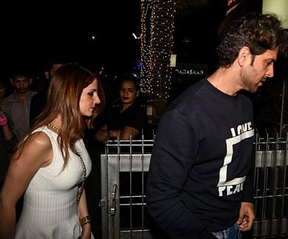 PIX: Sussanne, Yami party with Hrithik