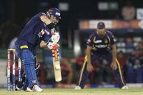 IPL 6: Delhi stay alive, abject KKR slip closer to exit