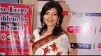 Yesteryear actress Sonu Walia receives obscene calls and videos from unknown person, lodges an FIR