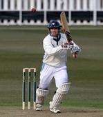 Derbyshire tested by champions Warwickshire