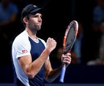 UPDATE 1-Tennis-Karlovic oldest man to reach grand slam third round in 25 years