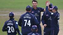 Gubbins and Roland-Jones leave Hampshire feeling flat