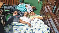Siddu orders judicial probe into Ganapathy's death