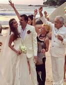 Lisa Haydon Marries Dino Lalvani in Low-key Beach Wedding - View Pics!