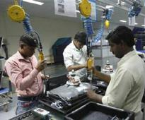 Film screenings spur Indian electronics workers to scrutinise labour rights