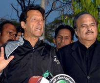 Naeem Bokhari to lead PTI's legal team in Panama leaks case