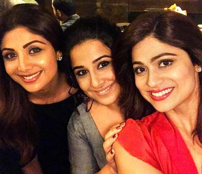 PIX: Shilpa, Shamita watch Vidya's Tumhari Sulu