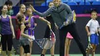 Maria Sharapova to play doubles for Russia