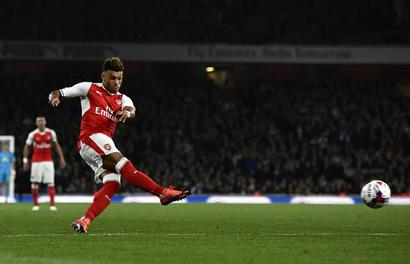 Transfer deadline day: Arsenal's Oxlade-Chamberlain to join Liverpool?