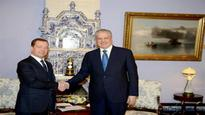 Sellal holds talks with Russian counterpart Dmitry Medvedev