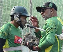 Reports: Bangladesh Cricket Board to extend contracts of Chandika Hathurusingha and Heath Streak