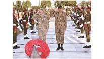 Top Pak, US commanders back Afghan reconciliation