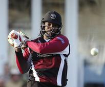 Chris Gayle and Mahela Jayawardene guide Somerset to win over Hampshire