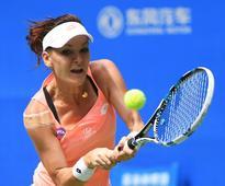 Radwanska advances, Vinci falls at Wuhan Open