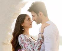 Watch Video: The soulful `Lag Ja Gale` will tug your heartstrings