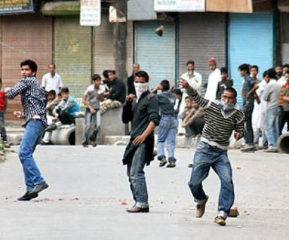Ready to talk to recognised political parties in Kashmir, not separatists: Govt to SC