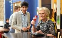 Mary Berry photobombed by student after speaking at Cambridge Union