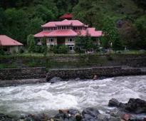 10 Best Hotels for Honeymoon in Pakistan ( 7,131 )