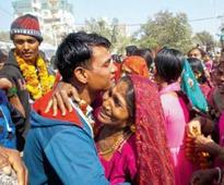 Emotional homecoming for 110 fishermen in Veraval
