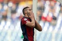 Genoa striker Pavoletti suffers hamstring injury