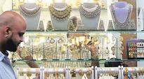 Mumbai: Four held for looting bizman of gold worth Rs 1.8 crore