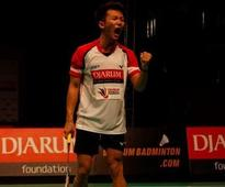 News Indonesia's Ihsan gets through quarters in tough battle