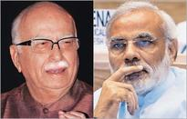 Advani reaches out to Gadkari to stymie rise of Modi in BJP