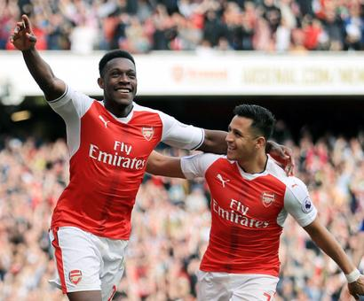 Slick Arsenal end Manchester United's unbeaten run