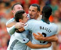United lay down a marker with ruthless display